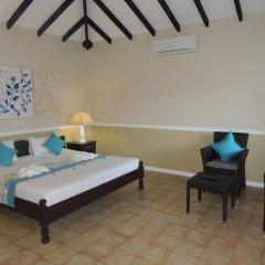 Hotel La Roussette комната для гостей