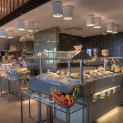 Отель Crowne Plaza Abu Dhabi Yas Island питание фото 3