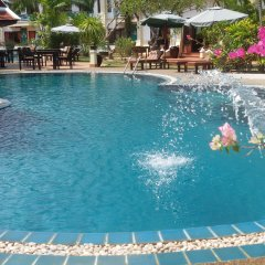 Отель The Pe La Resort, Phuket бассейн