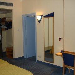 Отель Express Поллейн удобства в номере