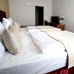 Central Hotel Pilsen Пльзень сейф в номере