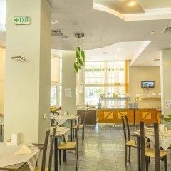 Отель MPM Hotel Royal Central - Halfboard Болгария, Солнечный берег - отзывы, цены и фото номеров - забронировать отель MPM Hotel Royal Central - Halfboard онлайн питание