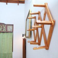 Отель Sumal Villa Шри-Ланка, Берувела - отзывы, цены и фото номеров - забронировать отель Sumal Villa онлайн удобства в номере фото 2