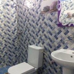 Отель Merzouga luxury apartment Марокко, Мерзуга - отзывы, цены и фото номеров - забронировать отель Merzouga luxury apartment онлайн ванная