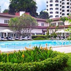 Goodwood Park Hotel бассейн фото 2