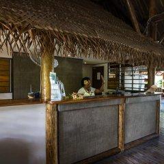 Отель Barefoot Manta Island интерьер отеля