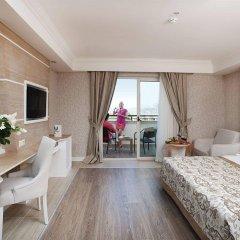 Crystal Sunset Luxury Resort & Spa Турция, Сиде - 1 отзыв об отеле, цены и фото номеров - забронировать отель Crystal Sunset Luxury Resort & Spa - All Inclusive онлайн комната для гостей фото 2