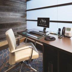 Отель ARIA Resort & Casino at CityCenter Las Vegas США, Лас-Вегас - 1 отзыв об отеле, цены и фото номеров - забронировать отель ARIA Resort & Casino at CityCenter Las Vegas онлайн удобства в номере фото 2