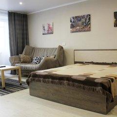 Апартаменты Dobrye Sutki Apartment on Krasnoarmeyska комната для гостей фото 4