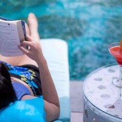 Centara Azure Hotel Pattaya бассейн