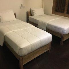 Отель Small House Boutique Guest House Шри-Ланка, Галле - отзывы, цены и фото номеров - забронировать отель Small House Boutique Guest House онлайн комната для гостей фото 4