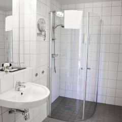 Отель Best Western Plus Hotel Mektagonen Швеция, Гётеборг - 1 отзыв об отеле, цены и фото номеров - забронировать отель Best Western Plus Hotel Mektagonen онлайн ванная