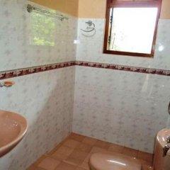 Отель Nilmini Villa Канди ванная фото 2