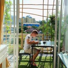 Отель Bann Sabai Rama Iv Бангкок балкон