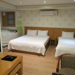 Отель GS Hotel Jongno Южная Корея, Сеул - отзывы, цены и фото номеров - забронировать отель GS Hotel Jongno онлайн сейф в номере