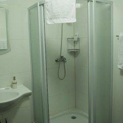 Отель Hin Yerevantsi ванная фото 2
