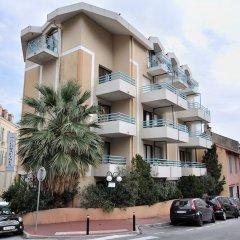 Отель Residhotel Les Coralynes Франция, Канны - 9 отзывов об отеле, цены и фото номеров - забронировать отель Residhotel Les Coralynes онлайн парковка