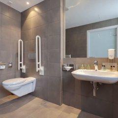 Отель Holiday Inn Dresden - Am Zwinger ванная фото 2