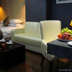 Q - City Hotel интерьер отеля