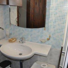 Отель Bed and Breakfast Giardini di Marzo Лечче ванная фото 2