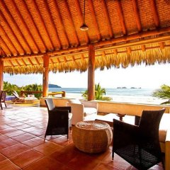 Отель Las Palmas Resort & Beach Club Мексика, Коакоюл - отзывы, цены и фото номеров - забронировать отель Las Palmas Resort & Beach Club онлайн гостиничный бар
