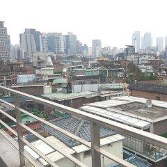 KW Hongdae Hostel балкон