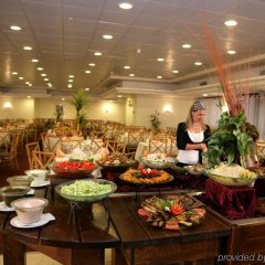 Caesar Premier Jerusalem Hotel Израиль, Иерусалим - отзывы, цены и фото номеров - забронировать отель Caesar Premier Jerusalem Hotel онлайн питание фото 2