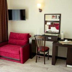 Гостиница Усадьба Приморский парк в Алуште 2 отзыва об отеле, цены и фото номеров - забронировать гостиницу Усадьба Приморский парк онлайн Алушта комната для гостей фото 4