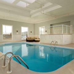 Отель Days Inn & Suites by Wyndham Brooks бассейн