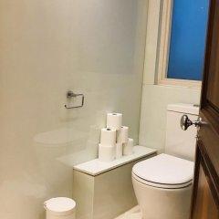 Отель Yeoman's Row Townhouse Великобритания, Лондон - отзывы, цены и фото номеров - забронировать отель Yeoman's Row Townhouse онлайн ванная