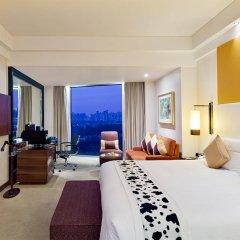 Отель Grand Millennium HongQiao Shanghai комната для гостей