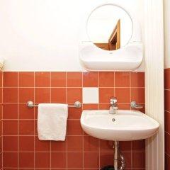 Отель Old Town Residence Чехия, Прага - 8 отзывов об отеле, цены и фото номеров - забронировать отель Old Town Residence онлайн ванная