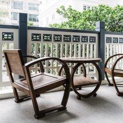 Отель Baan Vajra Бангкок балкон