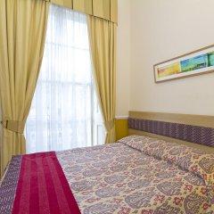 Отель Admiral Hotel at Park Avenue Великобритания, Лондон - отзывы, цены и фото номеров - забронировать отель Admiral Hotel at Park Avenue онлайн комната для гостей фото 2