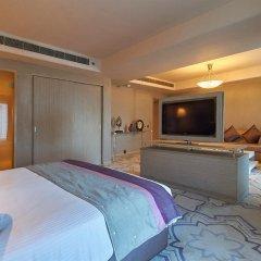 Отель Radisson Hyderabad Hitec City бассейн фото 2