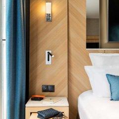 Отель Best Western Premier Louvre Saint Honore сейф в номере