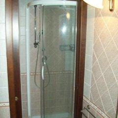 Отель B&B Grotto Valle Чистерна-д'Асти ванная фото 2