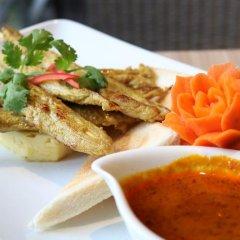 Отель Patong Bay Hill Resort гостиничный бар
