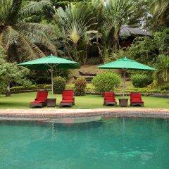 Отель Bom Bom Principe Island бассейн