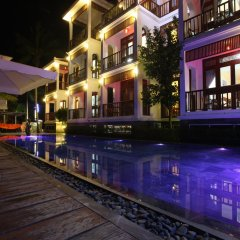 Отель Hoi An River Palm Villas бассейн