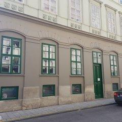 Отель Dice Apartments Венгрия, Будапешт - отзывы, цены и фото номеров - забронировать отель Dice Apartments онлайн парковка