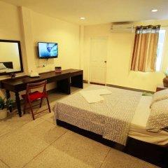 Отель Zen Rooms Siripong Road Бангкок комната для гостей фото 5