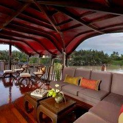 Отель Anantara Cruises Бангкок гостиничный бар