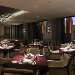 Отель The Roseate New Delhi питание фото 3