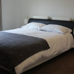 Апартаменты Stratford Luxury Apartment комната для гостей фото 2