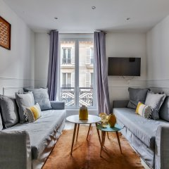 Отель 18 - Luxury Parisian Home Montorgueil 2 Франция, Париж - отзывы, цены и фото номеров - забронировать отель 18 - Luxury Parisian Home Montorgueil 2 онлайн комната для гостей фото 4