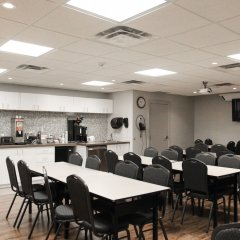 Отель WelcomINNS Ottawa Канада, Оттава - отзывы, цены и фото номеров - забронировать отель WelcomINNS Ottawa онлайн интерьер отеля фото 3