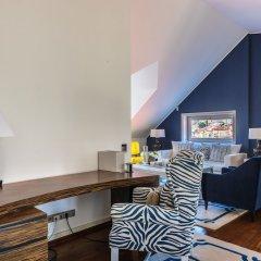 Отель Luxury 3BR Duplex 240m2 City Center PRK Лиссабон удобства в номере
