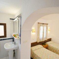 Отель AzuLine Club Cala Martina Ibiza - All Inclusive удобства в номере