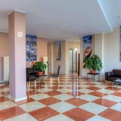 Отель Evenia Platja Mar Испания, Калафель - отзывы, цены и фото номеров - забронировать отель Evenia Platja Mar онлайн интерьер отеля фото 2